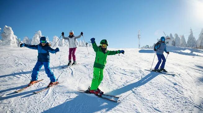 The 6 Best Sites to Buy Ski and Snowboarding Gear Online